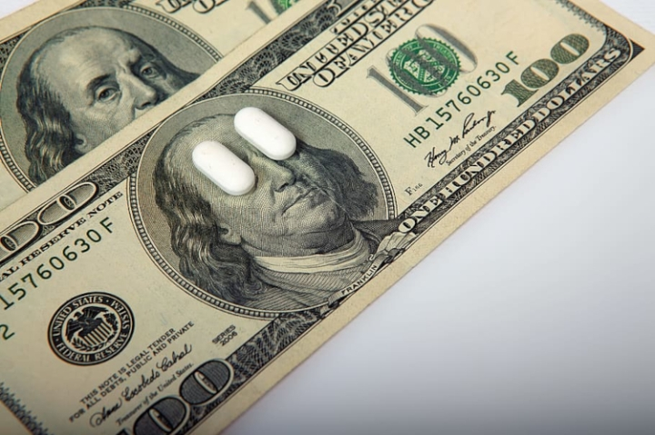 drugs_and_money3_fin